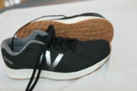 New Balance Fresh Foam Sz 7.5 B Blk WARISCB1 Women's running sneakers shoes - $29.70