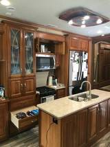 2016 Mobile Suites 5th Wheel 36RSSB3 FOR SALE IN Nampa, ID 83686 image 6