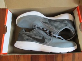 BNIB Nike Revolution 3 Men's Running shoes, size 8, Cool grey/blk-white - $51.43