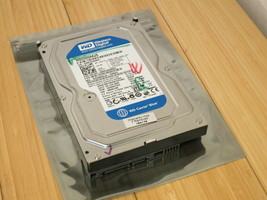 Western Digital Caviar Blue 250GB 7200RPM 3.5 in. WD2500AAKX (listing 2 of 2) - $13.99