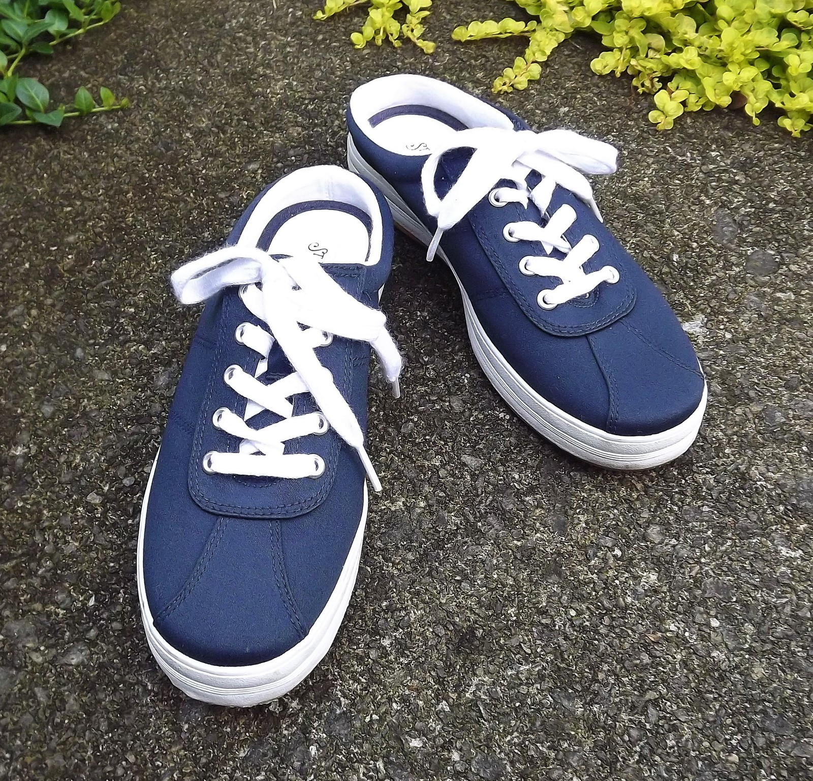 7d618a836d2 Navy Blue Canvas Slingback Open Heel Lace Up Tennis Shoe Women US Size 8  Medium