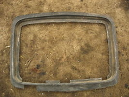 HEAD LIGHT SURROUNDS 1986 HONDA XL250R XL250 XL 250 86 - $14.23