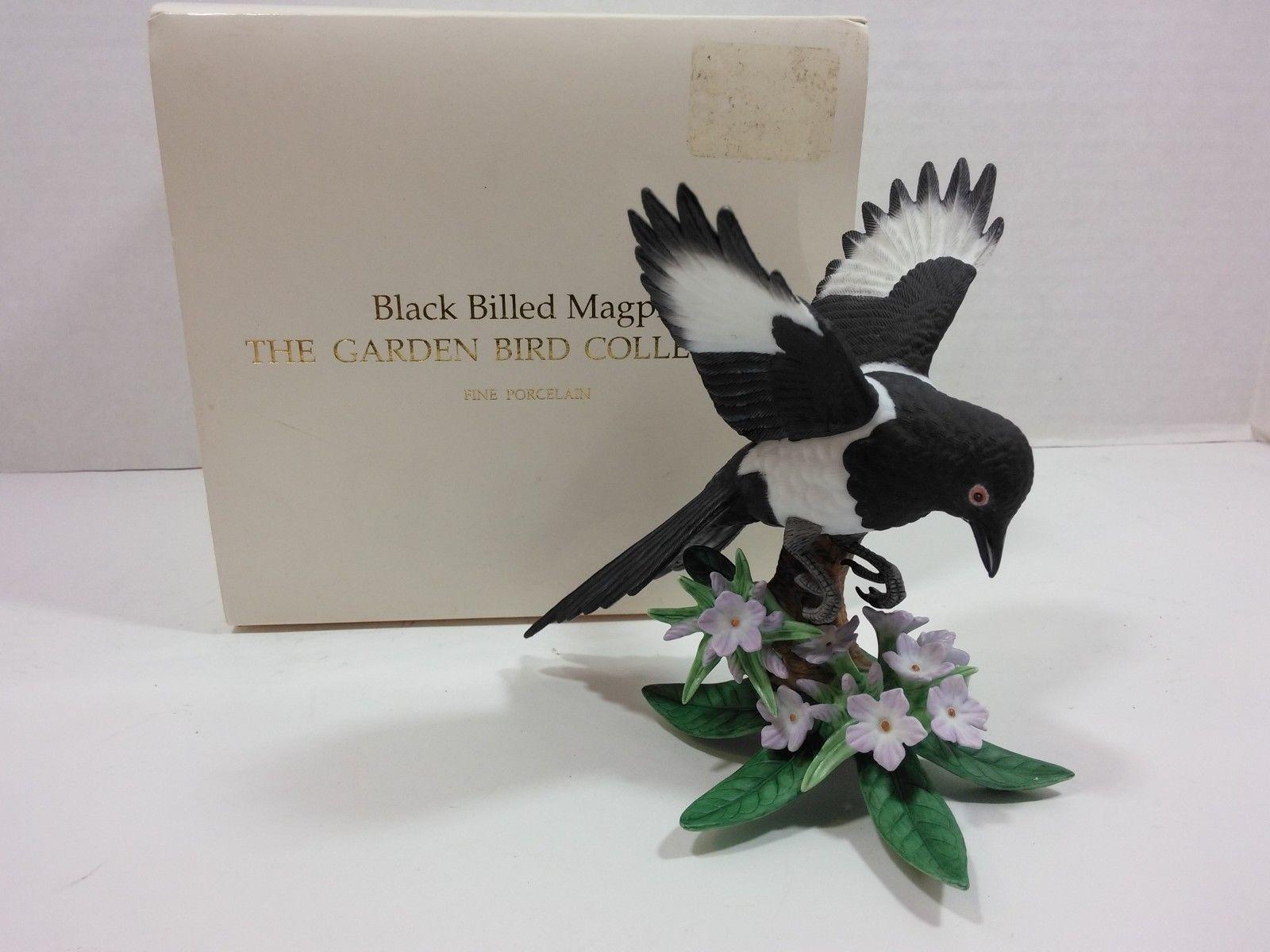 THE LENOX GARDEN BIRD COLLECTION Black Billed Magpie (Fine Porcelain 2002) image 5