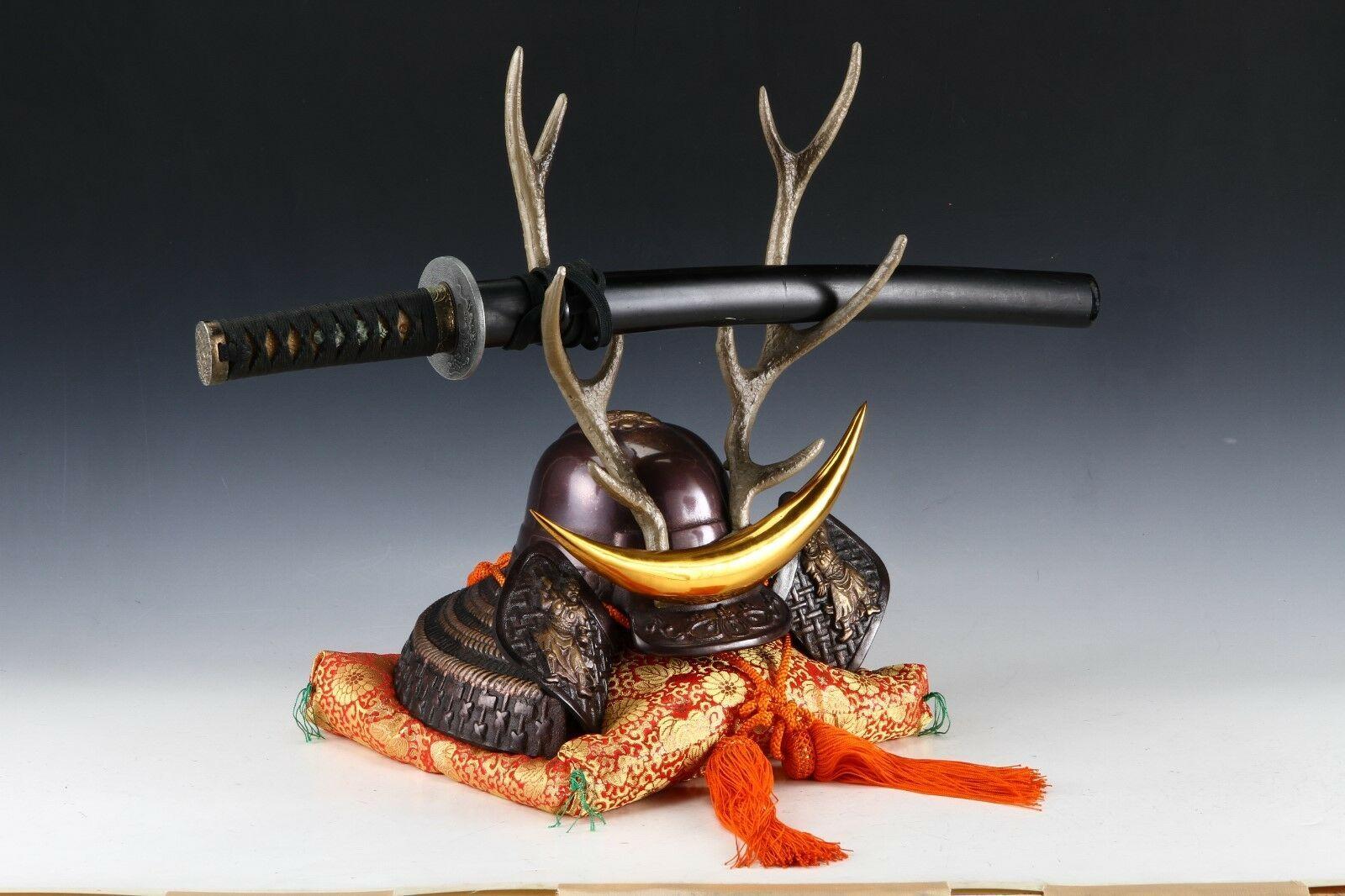 Japanese Beautiful Samurai Helmet -shikanosuke kabuto- with a Replica Blade