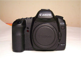Great EOS Canon 5D MarkⅡ 2 Mark II Shutter Count 34,919 21.1 MP BODY ONLY image 3