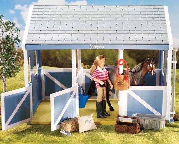 Primary image for Breyer classic size stable feeding set 61075 (no Stable, doll or horse) <>