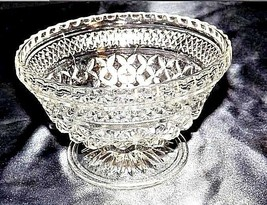 Cut Glass Footed Bowl with Detailed Diamond Design AA18-11810   Vintage Heavy