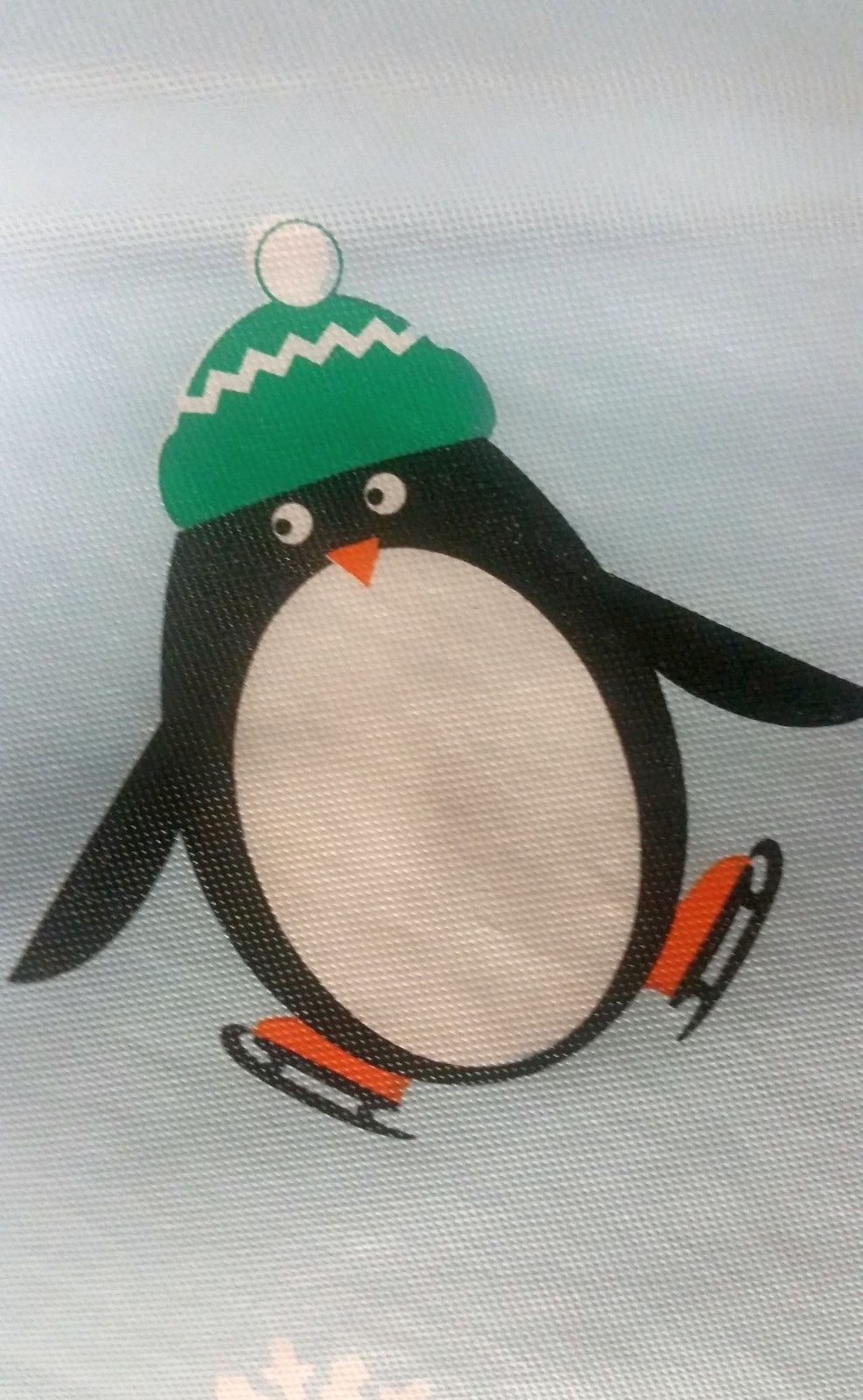 """FLANNEL BACK VINYL TABLECLOTH 60"""", ROUND (4-6 ppl), CHRISTMAS PENGUINS 2 by AP"""