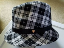 Liz Claiborne of New York Hat New in original plastic (never worn) - $106.43