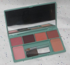 Clinique Festive Faces Colour Compact with Four (4) Lipsticks, Bronzer and Blush - $34.95
