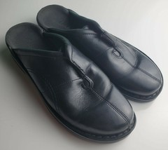 Clarks Black Leather Slides  Size 9 M Preowned - $24.74