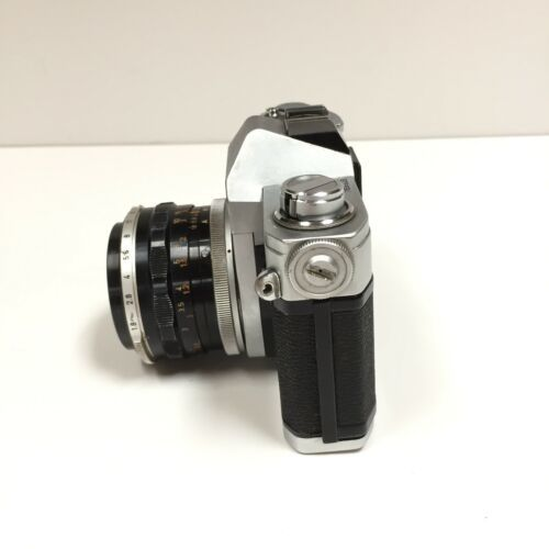 Vtg CANON FT QL 35mm Film SLR CAMERA w 50 mm 1:1.8 & 28 mm 1:2.8 Lenses