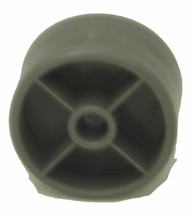 Hoover Fusion Vacuum Cleaner Front  Wheel 93001675 - $4.46