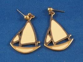 Vintage Sailboat Earrings - $13.85