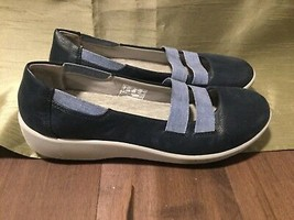 Clarks Cloud Steppers soft cushion women's slip on flat shoes navy blue ... - $10.19
