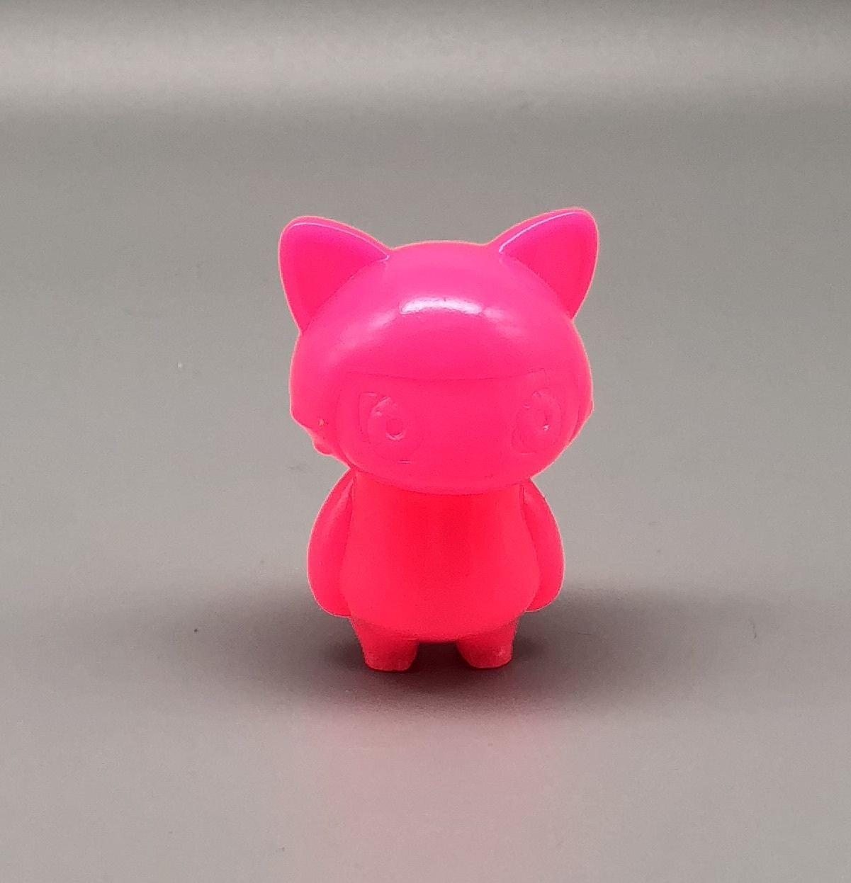 Max Toy Bright Pink Unpainted Mini Cat Girl