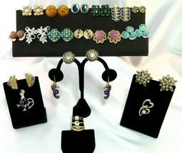 Vintage Mixed Costume Jewelry Lot 21 Items Trifari, Monet, Avon, Emmons - $29.69