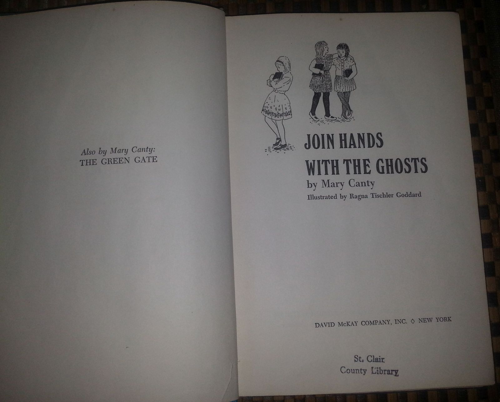 Join Hands with the Ghosts by Mary Canty 1969 HB Halloween
