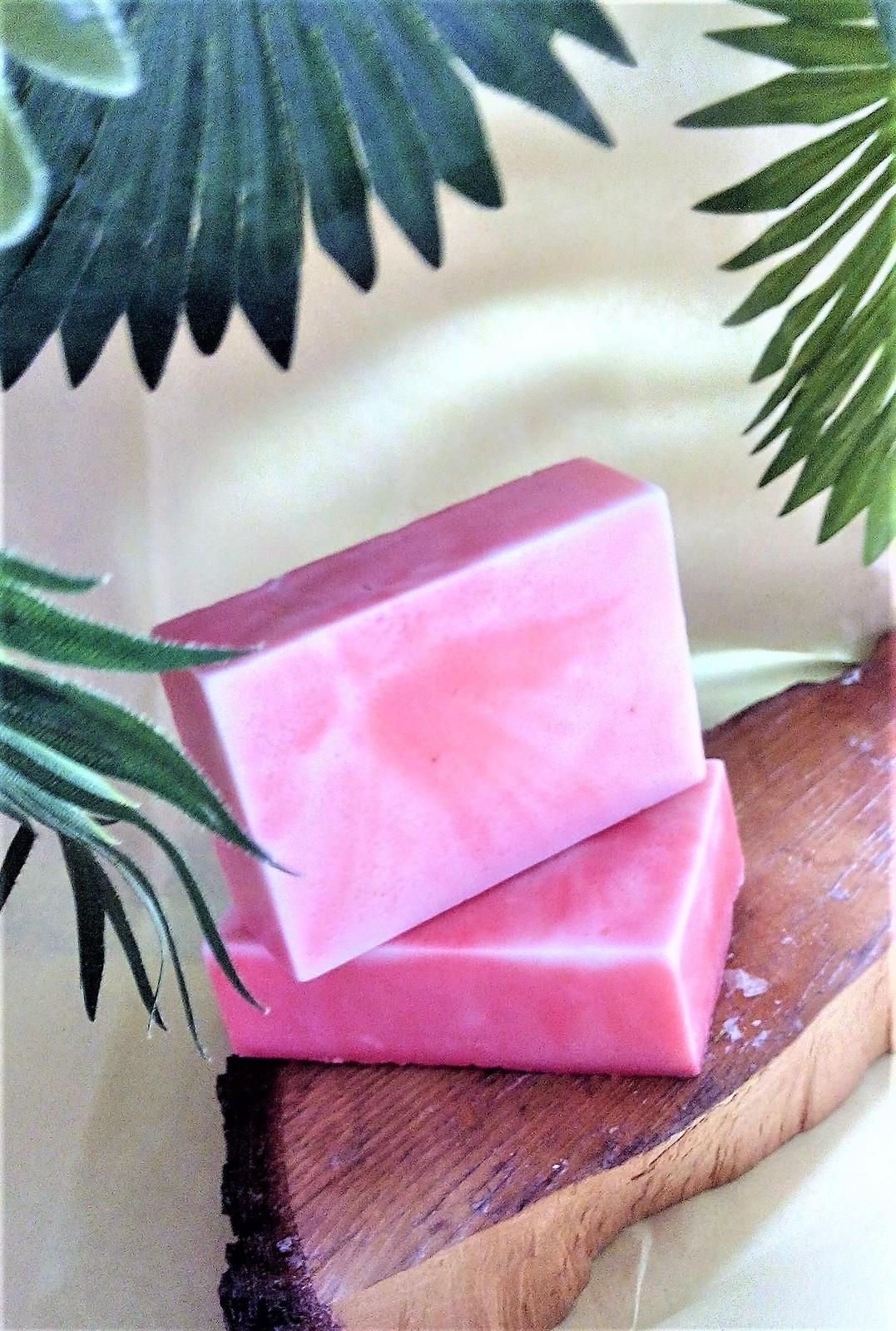black raspberry vanilla soap, bar soap, bathing soap, health and beauty, bath an - $4.00