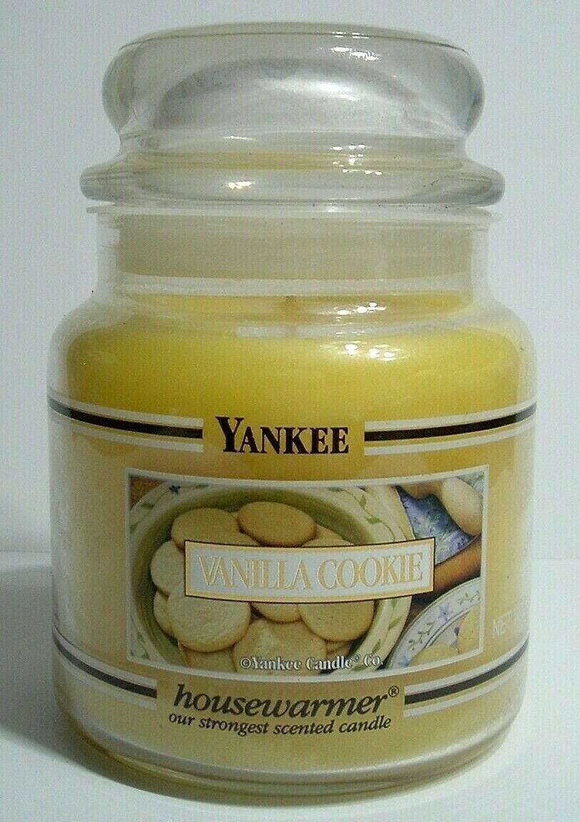 Primary image for New Yankee Candle 14.5 Ounce Vanilla Cookie Housewarmer Jar