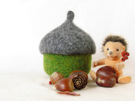 Felted acorn bowl - Organic eco-friendly - waldorf toy - Grey and green -  - $26.90