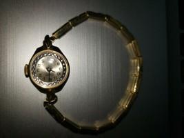 Vintage Endura Ladies Watch, Windup, Stretch Band, Stainless Steel, Gold... - $6.79