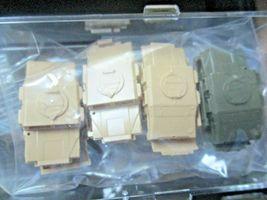 Micro-Trains # 99302180 Department of Defense Flat Car 2 Pack w/Humvees N-Scale image 8