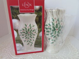 "LENOX CHINA AMERICAN BY DESIGN HOLIDAY LARGE VASE 8.5"" HOLLY BERRY NIB  - $24.70"