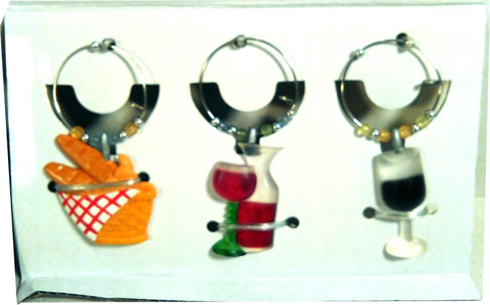 NEW AVON GIFT COLLECTION CHARMING CAFES WINE CHARMS BOTTLE RINGS FREE SHIPPING