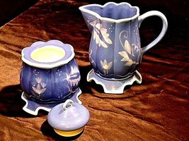 Kimberly Hodges Blue Pitcher and Container with Lid AA18-1254 Vintage Hallmark I image 5