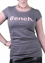 Bench Urbanwear Damen Fumé Perle Grau Deckhand Logo T-Shirt BLGA2358 Nwt