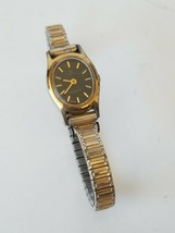 Vintage Timex Quartz K Cell Wristwatch Stretchable Band - $11.63