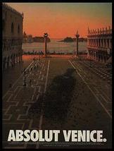 Absolut Venice Pigeons Plaza 1995 Vincent Dixon Photo Ad Absolut Vodka - $14.99