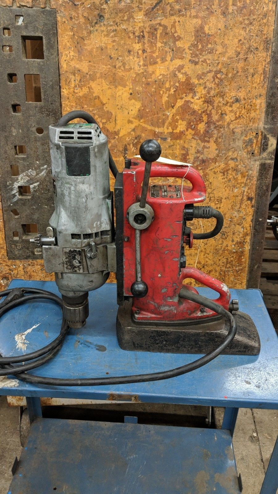 Milwaukee  Electromagnetic Variable speed magnetic drill Press & 2 spd motor