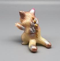 Max Toy Silver and Gold GID (Glow in Dark) Mini Nyagira image 5