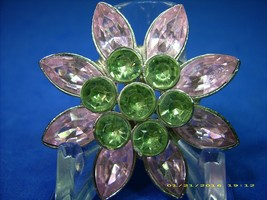 Vintage 1950s Floral Brooch: 8 Marquis Pink Rhinestones & 7 Faux Peridots + Gift - $17.64
