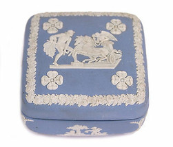 Wedgwood Blue Jasperware Square Ulysses Classical Chariot Race Trinket Box B12 image 1