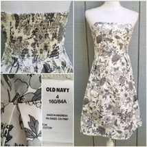 Old Navy 4 Strapless Dress Gray White Floral Fit and Flare Smocked Back ... - $15.00