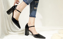 84H072 elegant thick heels strappy ankle pumps, Size 2-10.5, black - $72.80