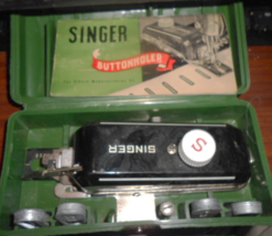 Singer Buttonholer #160506 In Green Case w/Dies Low Shank Works - $20.00