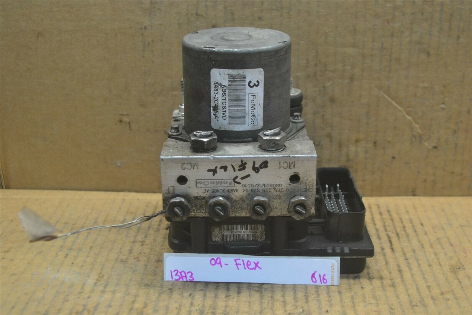 Primary image for 2009 Ford Flex ABS Pump Control OEM 8A832C405AE Module 616-13A4