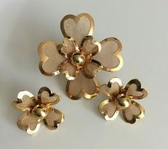 Vintage Flower Brooch Earring Set Gold Tone Mesh Floral Set Unsigned - $14.84