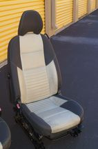08 Volvo C30 R-DESIGN Front Seats W/ Airbags & Tracks image 3