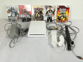 NINTENDO Wii Bundle: Console, Cables, 1 controller/nunchuck and 5 Great ... - $49.76