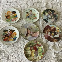 Avon Mini Mother's Day 22 K Gold Trimmed Porcelain Plate Mixed Lot of 7  - $14.54
