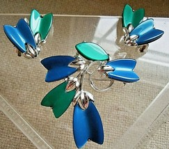 Designer Lisner Teal & Blue Moonglow Thermoset Plastic Tulip Big Pin Ear... - $23.76