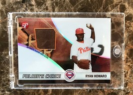 Ryan Howard Fielders Choice Baseball Card w Player-Used Glove, issued by Topps - $197.00