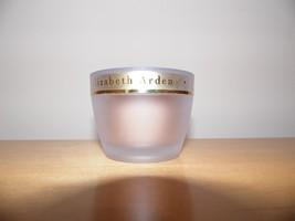 ELIZABETH ARDEN CERAMIDE ULTRA LIFT & FIRM MAKEUP Vanilla Shell #02 NWOB... - $20.78