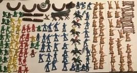 Vintage BMC Cowboy & Indian Toy Battle Lot Of Figures Walls Teepee Horses 135 Pc - $89.09