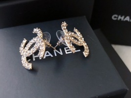 100% AUTH NEW CHANEL 2019 XL Large Gold CC Crystal Stud Earrings image 6